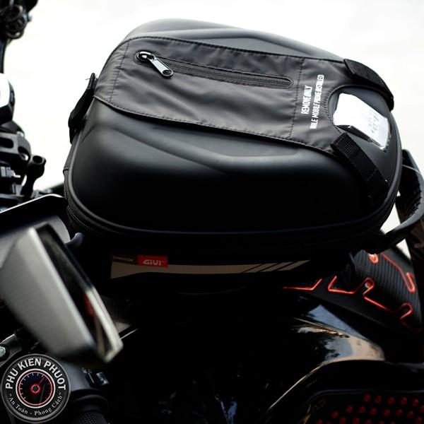 hít bình xăngMT15 , tanklok givi Yamaha MT15 , MT15 gắn tanlock st602