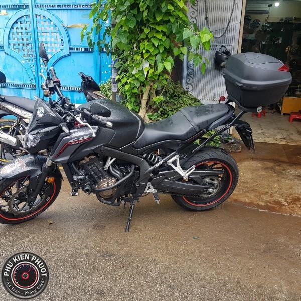 thùng givi xe moto cb650f , thùng moto givi cb650f , baga sau givi moto cb650f