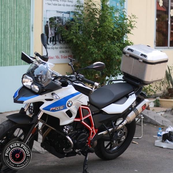 thùng xe givi bmw f700 gs , baga givi bmw f700 gs , bmw f700 gs gắn thùng moto cao cấp