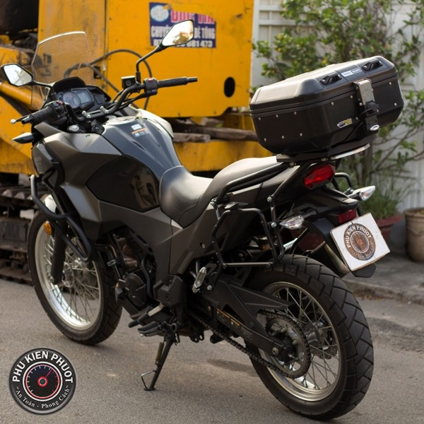 thùng xe moto versys 300 , thùng sau givi , baga givi versys 300