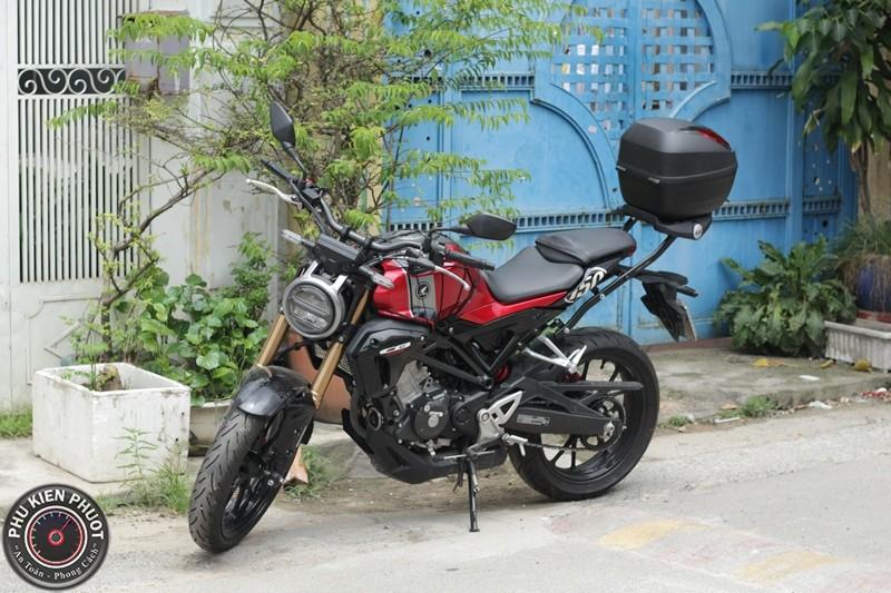 cb150r gắn thùng moto